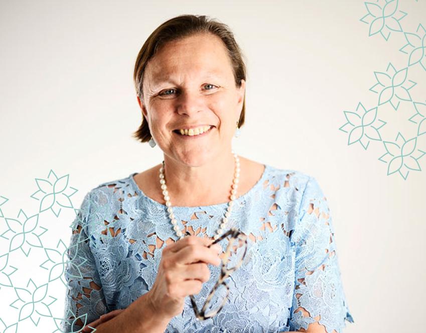 Prof Fiona Wood